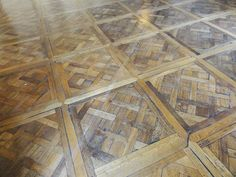 Versailles parquet floor : Parquet de Versailles panels, separated with friezes, King's guards Room, Château de Versailles, 17th century.   #Versailles #Palace #parquet #floor #17thcentury  #louis14 #french #style