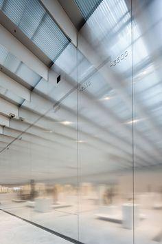 KAZUYO SEJIMA + RYUE NISHIZAWA / SANAA, STUDIO ADRIEN GARDÈRE, MOSBACH PAYSAGISTES  Musée du Louvre-Lens