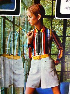 Twiggy ~ Seventeen, February 1968