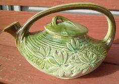 ANTIQUE 1942 GREEN McCOY POTTERY DAISY TEA POT