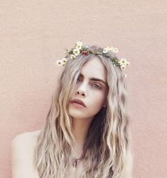 Fashion photography hair cara delevingne new ideas Cara Delevingne, Girl Photography, Fashion Photography, Perspective Photography, Photography Flowers, Photography Ideas, London Models, Female Character Inspiration, Style Inspiration