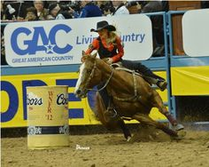 Lindsay Sears and Martha win Round 8 of the 2012 Wrangler National Finals Rodeo.