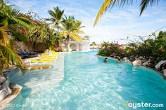 The Adult Pool at the Cofresi Palm Beach & Spa Resort - this is where I'll be in 3 days!!!!