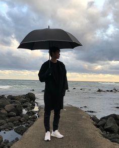 Donny Pangilinan Wallpaper, Bullet Journal Aesthetic, Pictures Of People, Great Shots, Pretty Boys, Kdrama, Fangirl, Outdoor Decor, Instagram