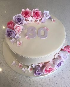 Super Birthday Cupcakes For Women Adult Ideas 80th Birthday Cake For Grandma, 70th Birthday Cake For Women, Elegant Birthday Cakes, 80 Birthday Cake, Pretty Birthday Cakes, Unicorn Birthday, Fondant Cakes, Cupcake Cakes, Bolo Minnie