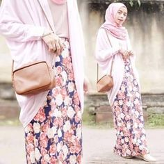 floral dress and pink hijab with a beautiful leather purse