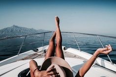 Yacht + Sun + Good Friends = Perfect Summer
