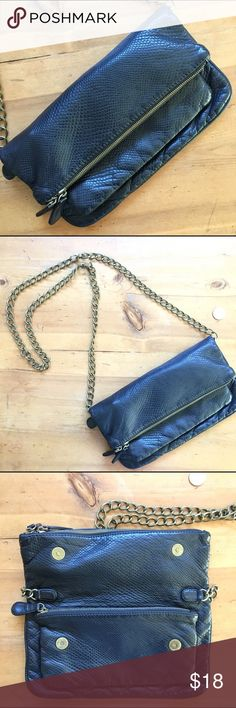 Urban Outfitters Deux Lux Cross Body Bag Great condition pre loved zip pocket inside bag zips close plus more storage in the main compartment zips close one more compartment zips close brass hardware 30 inches long including strap bag is 7inches deep 11 inches wide very cute💕 Urban Outfitters Bags Crossbody Bags