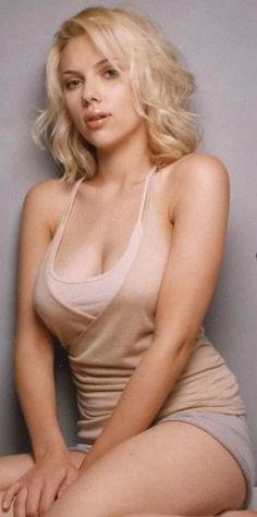 Scarlett Johanson - Great figure that is curvy (albeit very slender), fit and strong.