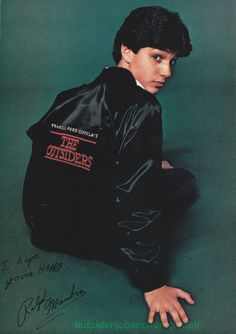 Ralph Macchio (Johnny Cade )wearing The Outsiders cast jacket. I have Glenn Withrow's (Tim Shepard) cast jacket. The Outsiders Johnny, The Outsiders Cast, The Karate Kid 1984, Karate Kid Cobra Kai, Ralph Macchio The Outsiders, Cute Actors, Beautiful Boys, Cute Guys, Actors & Actresses