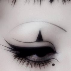 Sage and Spirit ♉ Punk Makeup, Edgy Makeup, Makeup Eye Looks, Eye Makeup Art, Crazy Makeup, Makeup Goals, Pretty Makeup, Makeup Inspo, Makeup Inspiration