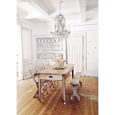 I often get asked what's my favorite white paint..... @farrowandball All White is my favorite white paint.  Favorite gray paint is @farrowandball cornforth white. The dining room is painted All white and the trim and built in is painted @farrowandball Dimpse