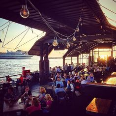 The Frying Pan: From May to October, this docked Coast Guard lightship is home to a vibrant bar scene. Waterfront Restaurant, Boat Restaurant Nyc, Summer In Nyc, New York Eats, Manhattan, York Restaurants, Brooklyn New York, Concrete Jungle, Weekend Trips