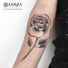 Φ Artist ANA GODOY Φ  Info & Citas: (+34) 93 2506168 - Email: Info@logiabarcelona.com Facebook: facebook.com/logiabarcelona Instagram: instagram.com/logiabarcelona YouTube: youtube.com/logiabarcelonatattoo #logiabarcelona #logiatattoo #tatuajes #tattoo #tattooink #tattoolife #tattoospain #tattooworld #tattoobarcelona #ink #arttattoo #artisttattoo #inked #instattoo #inktattoo #tattoocolor #dotwork #puntillismo #tattooart #tattooist #tattoolife #ink #inkaddict
