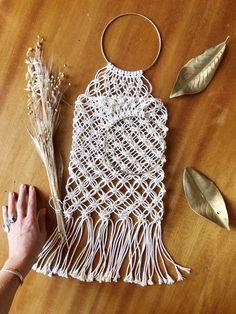 Macraméworkshop mit Dörte Bundt (California Dreaming) – Einkaufstasche Crochet Top, Anna, Women, Fashion, Shopping, Bags, Moda, Fashion Styles, Fashion Illustrations