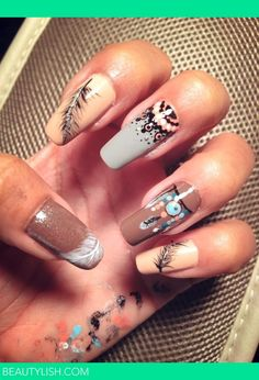 "Dans le style ""Indian Nails"", et pour le travail ! Indian Nail Designs, Indian Nail Art, Indian Nails, Nail Art Designs, Tribal Nail Designs, Rodeo Nails, Cowboy Nails, Fabulous Nails, Gorgeous Nails"