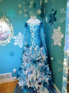 My 2014 Frozen Theme Dress Tree,Teresa Adkins