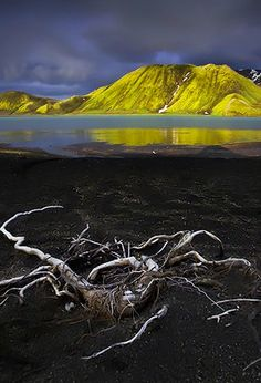 Magical light over the mountains in the Landmannalaugar area, Iceland.  http://xavierjamonet.deviantart.com/art/Dark-Light-143917066
