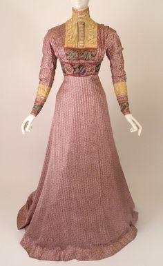 Afternoon dress ca. 1910