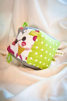 Fabric Baby Cube - At the Circus from ABCs - Adorable Baby Cubes by DaWanda.com
