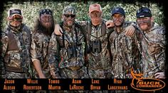 Buck Commanders// Even in camo and face paint, Luke Bryan still looks hot.