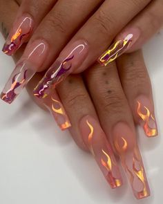 In look for some nail designs and ideas for your nails? Here's our set of must-try coffin acrylic nails for cool women. Aycrlic Nails, Glam Nails, Manicure, Coffin Nails, Glitter Nails, Metallic Nails, Stiletto Nails, Perfect Nails, Gorgeous Nails