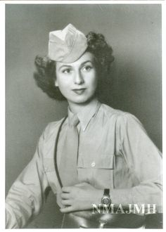 WWII photograph of Clarice F. Pollard in WAC uniform.  Photo was taken in New Orleans.  (National Museum of American Jewish Military History)