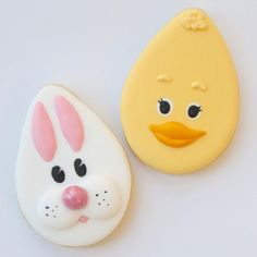 «I will be running a free demonstration at this Sunday at Come along and get my Royal Icing recipe for free and learn how to… No Egg Cookies, Cut Out Cookies, Easter Cookies, Sugar Cookies, Bake Sale Treats, Easy Royal Icing Recipe, Flood Icing, Easter Biscuits, Cookie Icing