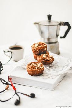 Una gatta in cucina: The best and healthy banana bread muffins