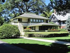 On the market: Frank Lloyd Wright-designed Ingalls House in River Forest, Illinois, USA on http://www.wowhaus.co.uk
