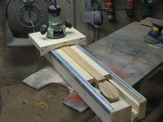 Dovetail Joint Jig Homemade Luthiery Jig Powered By A Plunge Router Intended To Facilitate