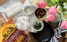 Ranch Loaded Potato Skillet Dip with McCain Potatoes - From The Family Spring Wreaths For Front Door Diy, Tulip Wreath, Mothers Day Brunch, Pinterest Projects, Pink Depression Glass, Easter Brunch, Diy Door, Diy Wreath, Tablescapes