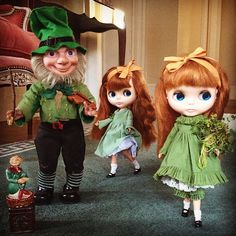 Happy St Patrick's Day! With love from the Little People! #kennerblythe  #stpatricksday #irish #ireland #green #shamrock #handmade  #squeakymonkey #leprechaun #celebration #party #dance #roseoftralee #kawaii