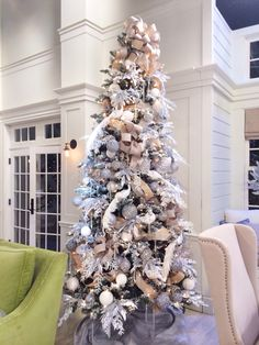 Nothing finishes a Dining Room like a beautiful tree