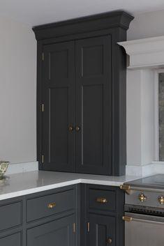 New Kitchen Cabinets Open Plan Kitchen Living Room, Kitchen Room Design, Home Decor Kitchen, Kitchen Interior, Country Kitchen, New Kitchen Cabinets, Kitchen Paint, Cambridge, Brown Kitchens