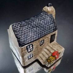 West Country Granite Cottage House Cornwall Medieval House of Cornwall West Country Granite Cottage Craftsmanship Co Original Design Hand Made & Hand Painted in Cornwall, © 1980  App. 3 x 3.5 x 2.75