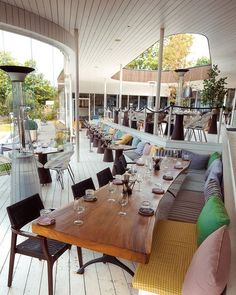 NOA Restoran is one of the best restaurants in Tallinn with wonderful sea view. Great service, menu and atmosphere give a good feeling and desire to return. Restaurants, Menu, Table, Furniture, Instagram, Home Decor, Menu Board Design, Decoration Home, Room Decor