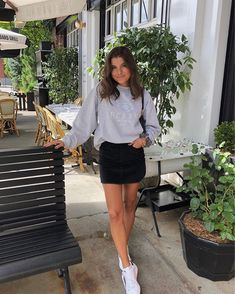 outfit date casual Hm Outfits, Mode Outfits, Cute Casual Outfits, Spring Outfits, Fashion Outfits, Summer Skirt Outfits, Cute Outfits With Skirts, Black Skirt Outfits, 2000s Fashion