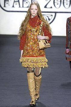 Vogue.com   Ready To Wear 2007 F/W Anna Sui