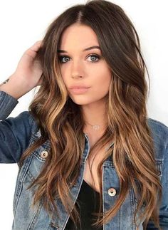 fall hair color for brunettes schne Balayage Frisuren fr 2020 Blonde Hair With Highlights, Brown Blonde Hair, Light Brown Hair, Hair Color Balayage, Ombre Hair, Black Hair, Dark Brown, Blonde Honey, Honey Balayage