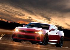 2014 Chevrolet Camaro Z/28 Review and Release Date