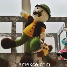 Çocuklarımızın oyun arkadaşları organik sağlıklı amigurumi oyuncakları detaylı örgü anlatımlarıylaEmekce.comda sizleri bekliyor. Yapabilirmiyim diye düşünmeyin kolaylıkla örebilirsiniz. (Amigurum…