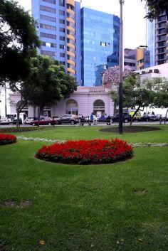 Plaza Kennedy, Miraflores, Lima, Peru