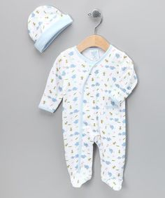 Dainty elephants dot this sweet style that'll keep any little darling snug and warm from head to toe. Plus, the footie features full-length snap closures for stress-free changing.