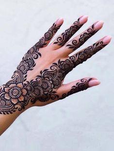 Pretty Henna Designs, Indian Henna Designs, Latest Arabic Mehndi Designs, Mehndi Designs Book, Mehndi Designs For Fingers, Beautiful Mehndi Design, Mehandi Designs, Arabic Mehndi Designs Brides, New Henna Designs