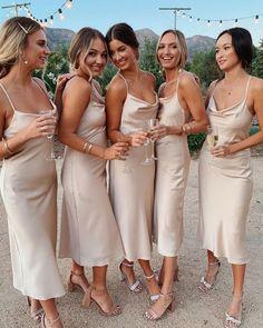 Tea Length Bridesmaid Dresses, Champagne Bridesmaid Dresses, Bridesmaid Dresses Online, Wedding Bridesmaids, Black Bridesmaids, Bridesmaid Boxes, Champagne Dress, Champagne Color Wedding, Colorful Bridesmaid Dresses