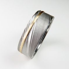 Hommes 10K//14K or jaune deux tons Lines Round CZ Wedding Band Ring Taille 7-12