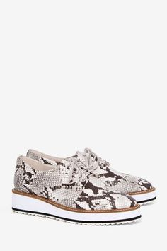 Shellys London Emma Leather Oxford Shoe - Platforms | Flats | Back In Stock | Utility Chic | Back In Stock