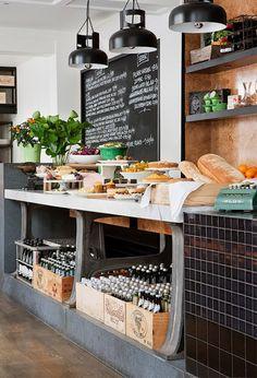 I like the display of fresh bread :)
