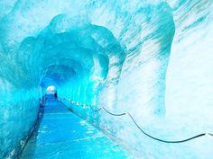 Amazing  #grottedeglace Chamonix // Aujourd'hui j'ai découvert un site naturel incroyable  #Chamonix #montblancnaturalresort